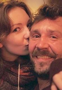 Дочь Сергея Шнурова много лет скрывала, кто ее отец