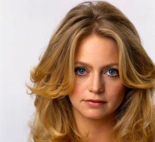 Энергичная голливудская блондинка: как изменилась хрупкая Голди Хоун