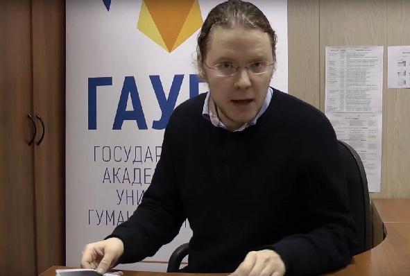 Журналист Александр Яковлев