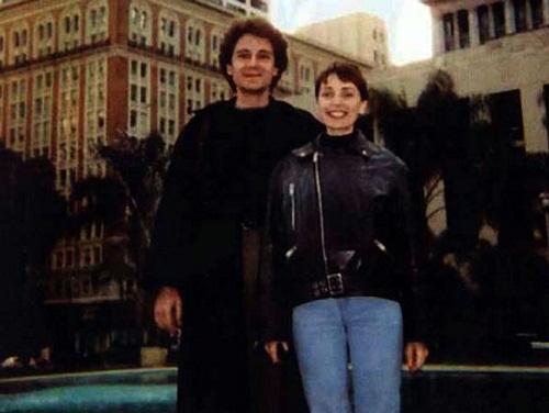На фото Жанна Агузарова и ее бывший гражданский муж Николай Полторанин