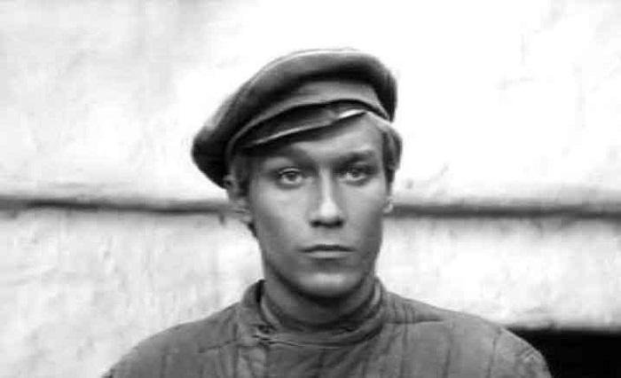 Олег Янковский в молодости фото
