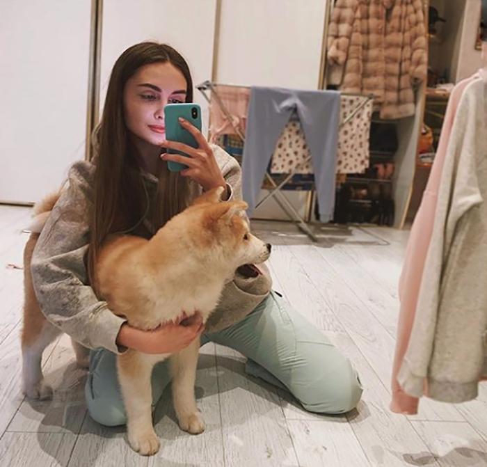 Lena Reif любит собак