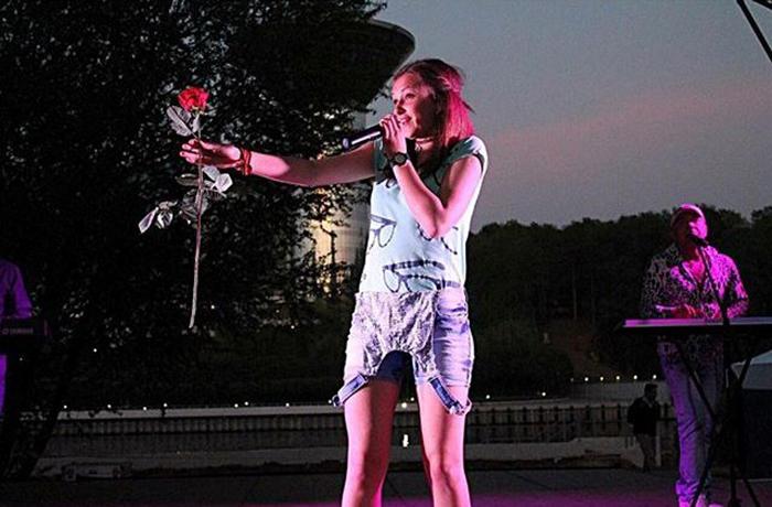 певица катя денисова