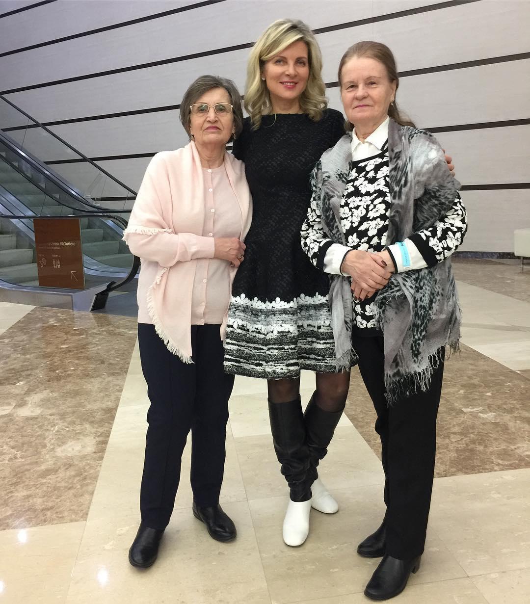 Эмма Малинина с матерью и свекровью