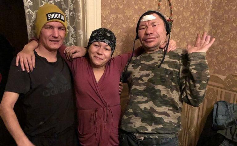 олег монгол с друзьями
