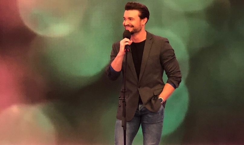 Петр Захаров вокалист