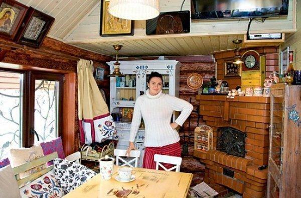 Дома богатых и знаменитых: где живет Елена Ваенга
