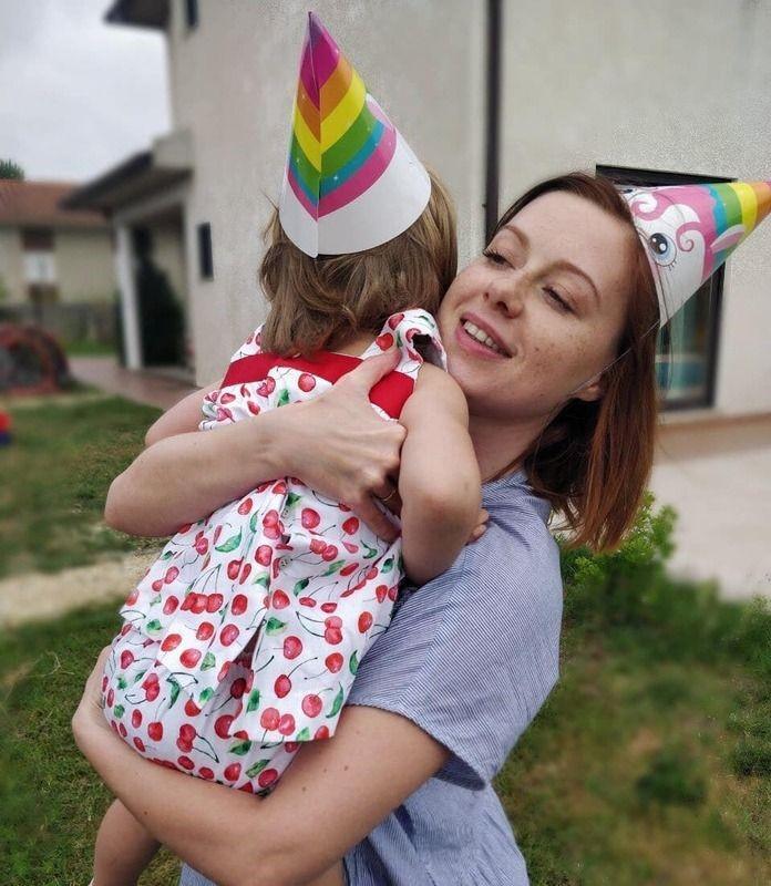 Супруг Юлии Савичевой не хочет, чтобы их дочь была артисткой
