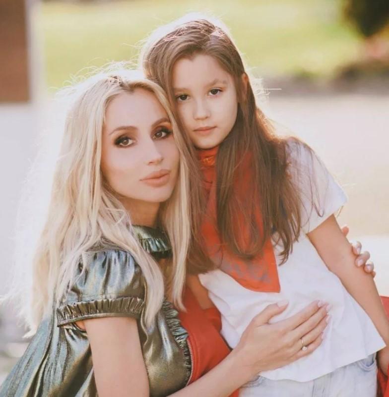 Как выглядят дочки Светланы Лободы?