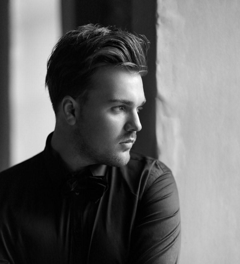 Топ интересных фактов о красавце певце Александре Панайотове