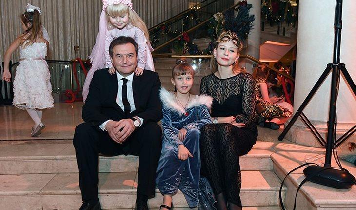 6 пар российских знаменитостей, долго скрывавших свои отношения от общественности