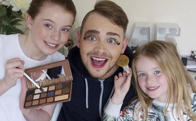 4 мужчины-блогера, которые наносят себе макияж лучше, чем девушки